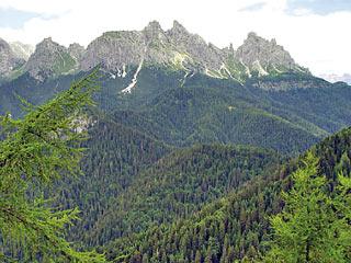 da sin. a d.: M. Peronàt, Tacco Grande, M. Ciastelin e M. Ciarìdo dalla Cresta de Po Croda