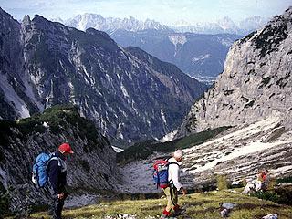 Poco sotto il bivacco, in vista dell'Alta Val Crìdola